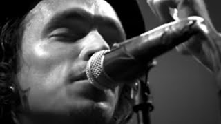 Watch Incubus Love Hurts video