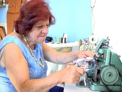 Série profissões: Costureira