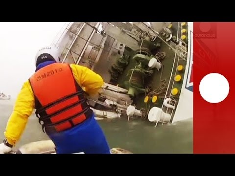 Dramatic Rescue Footage: Coastguards Save People From Sinking South Korea Ferry video