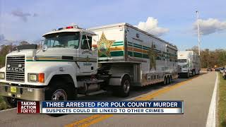 3 arrested after body found in orange grove