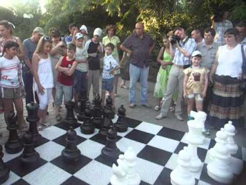 Открытие шахматного дворика в Астрахани