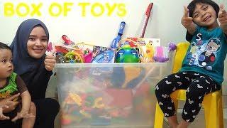 Buka Box Of Toys Sambil Belajar Manfaat Dari Mainan