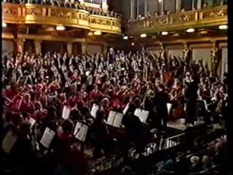 Gustav Mahler: 2nd Symphony - ECYO cond. Claudio Abbado