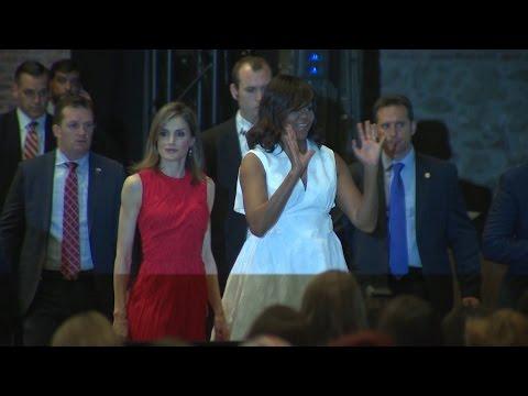 Michelle Obama y Reina Letizia juntas por la educación de las mujeres