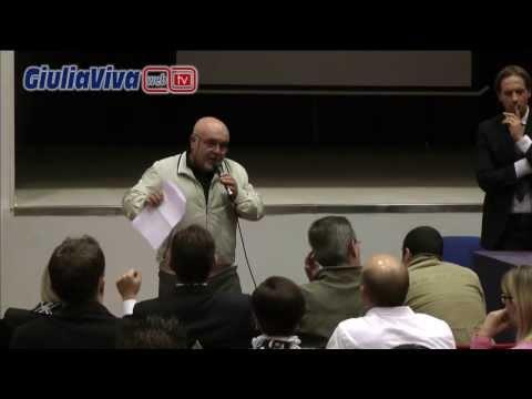 Sala convegni Kursaal Giulianova assemblea contro i tagli della Regione alla Piccola Opera Charitas