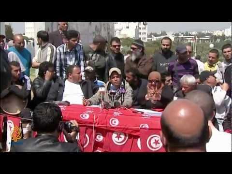 Tunisia's Multiplying Media - The Listening Post (Full)