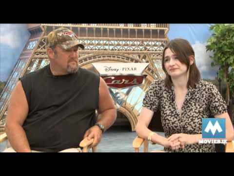 Fun CARS 2 interview - Larry the Cable Guy & Emily Mortimer