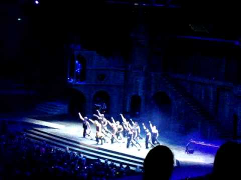 AMAZING dancing and chorography during Scheiße from Lady Gaga and her dancers at the Sydney BTWB!