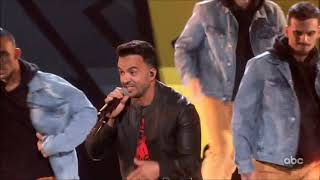 Luis Fonsi Sings 34 Impossible 34 Live Mickey 39 S 90th Birthday Spectacular Hd 1080p