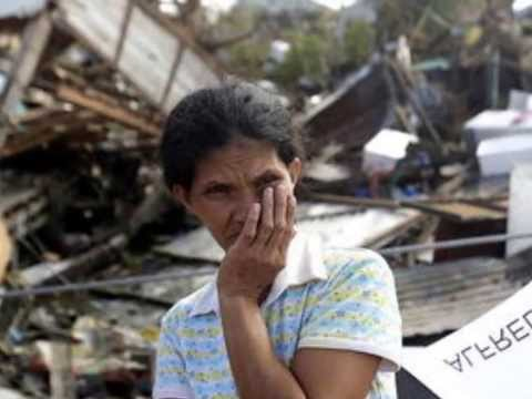 Typhoon Haiyan (YOLANDA) - Bodies in the street in the devastated city of Tacloban