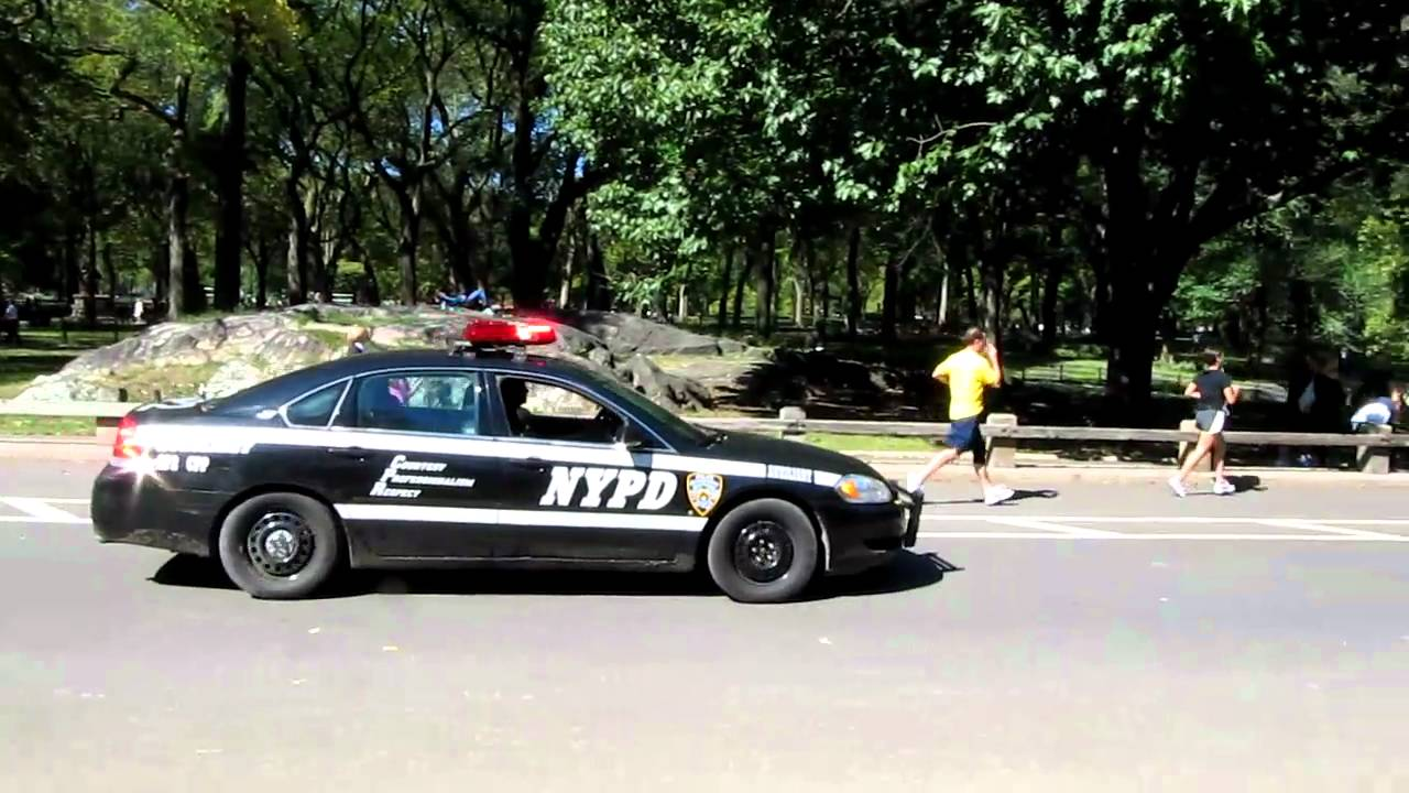 nypd auxiliary police car in central park youtube. Black Bedroom Furniture Sets. Home Design Ideas