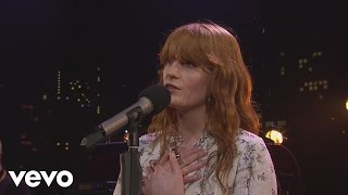 Клип Florence & The Machine - Sweet Nothing (live)