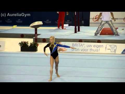 Mariya Livchikova UKR FX qual Ghent World Cup 2011