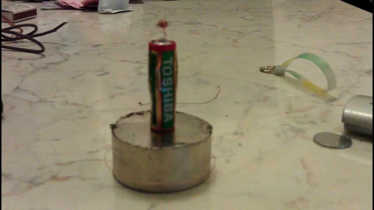 Как сделать генератор из магнита и проволоки