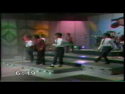 The Zurah 2 - Lagu 60an Medley Pt : 3 video