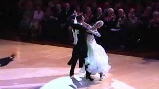 Blackpool 2010 Ballroom Dancing Pro Final - Quick Step