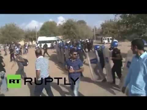 Turkey: Kurd solidarity demo SHUT DOWN on Syrian border
