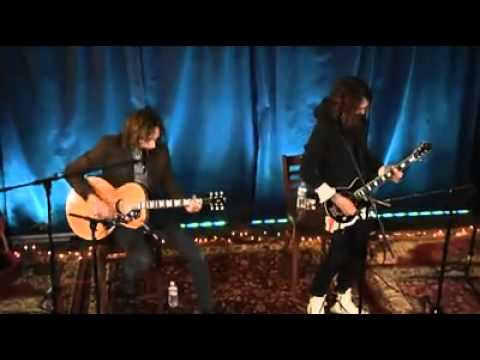 Justin And Dan Hawkins - I Believe In A Thing Called Love - Acoustic