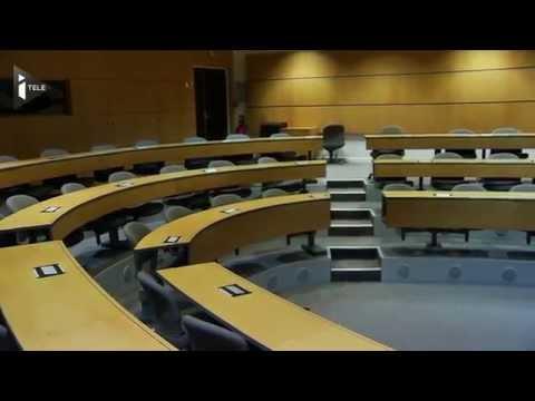 Arnaud Montebourg demande une bourse pour retourner à l'école