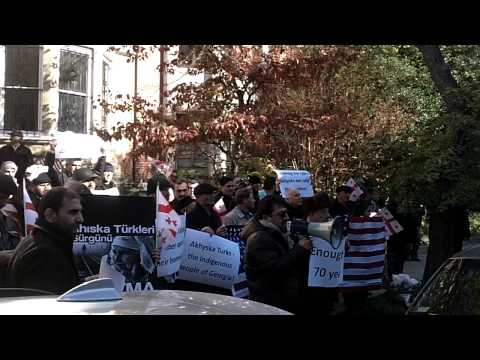 Ahiska Turk's Protest in front of Georgia Embassy, Washington DC, Nov 14, 2014 - video #2