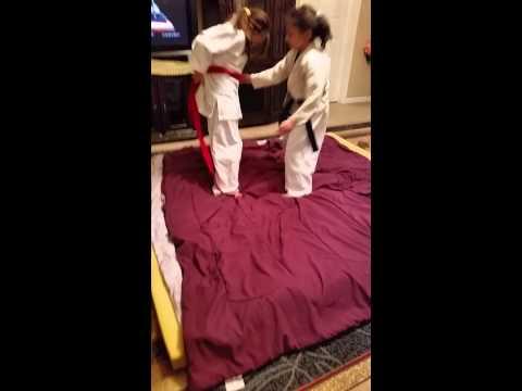 Afghan girls judo