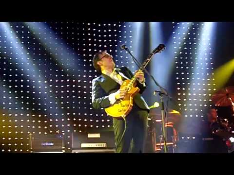 joe bonamassa playing the great flood on paul kossoff,s guitar, mesmerising