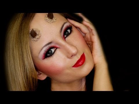 Devil Eyes For Halloween Makeup ▶ She Devil Halloween Makeup