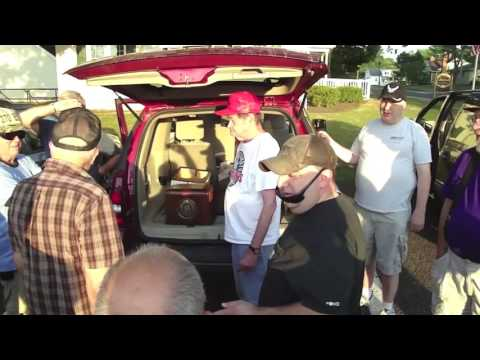 Delaware Valley Historic Radio Club Tailgate Auction 2016