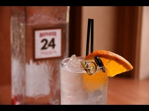 Tom Collins - The Cocktail Spirit with Robert Hess - Small Screen