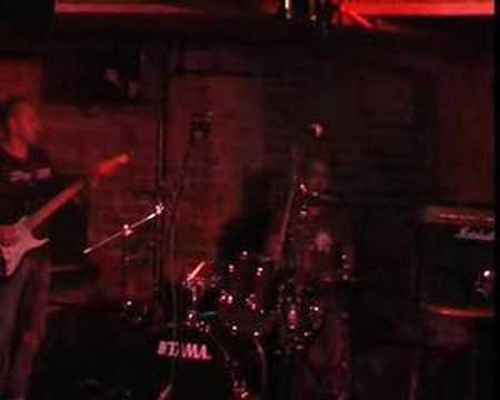 Kinisfear - Son (Live at the Cellar Bar, Bracknell)