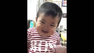 Em bé tập nói siêu dễ thương