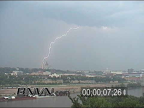 6/24/2002 Daylight lightning video from Saint Paul, MN