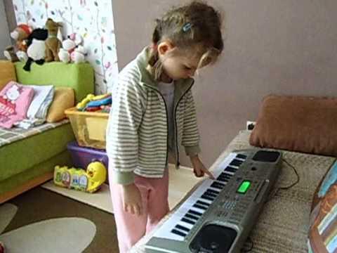 Kalinka Gra Na Pianinie Elektrycznym Cz.2