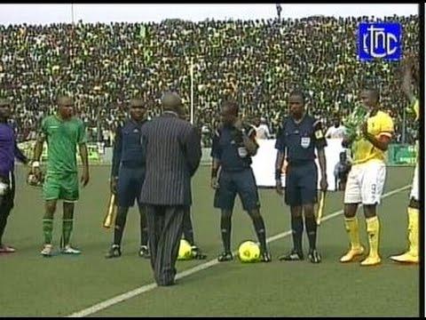 EN DIRECT  VITA CLUB VS MOZAMBIQUE  CAF 2015 MATCH ALLER