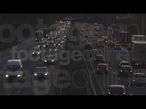 Stock Footage Freeway Evening - Footage-Online.de