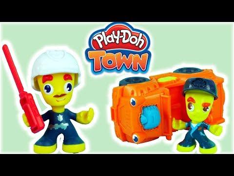 Play Doh Town • Policjant & Mechanik • Groźny Wypadek W Mieście! • Bajki I Kreatywne Zabawki