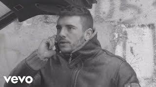 Download video Guè Pequeno - Scappati Di Casa