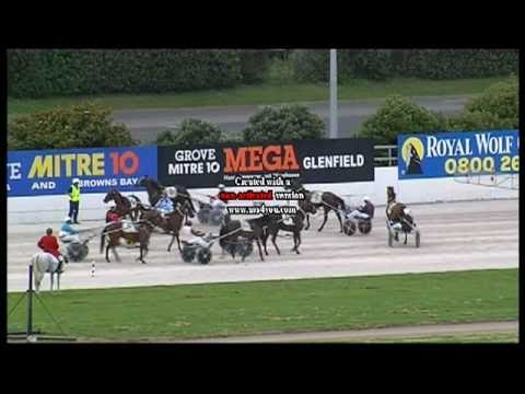 Johnnie Butcher gets his first win in the Continental Engineering Amatuer ...