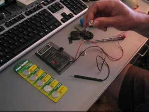 BMW E39 changing the key battery - Part 1
