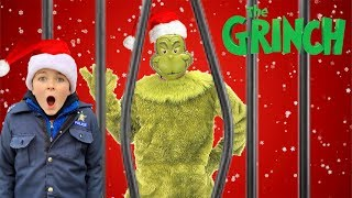 The Grinch Showdown! Kids Save Christmas!