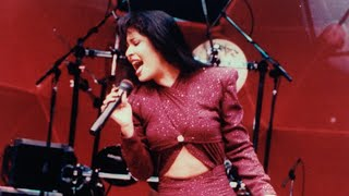 Selena Quintanilla's Mother and Brother Reflect on Her Legacy at 'Emotional' Walk of Fame Ceremony