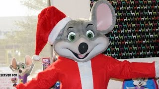 Chuck E. Cheese Birthday Celebration with Holiday Chuck E. Cheese | Chuck E. Cheese Happy Dance