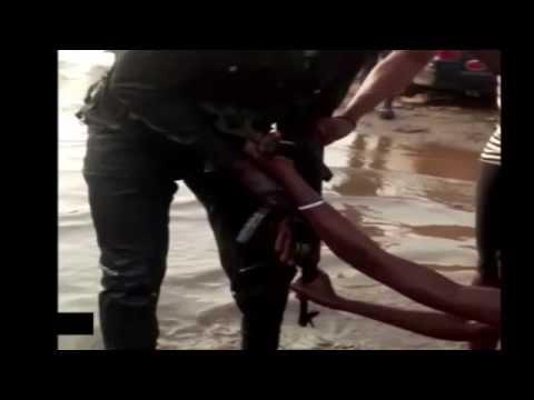 NIGERIAN POLICEMAN BEATING UP A GIRL