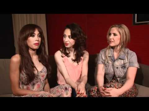 Sugababes: 'It was nice to see Keisha' klip izle