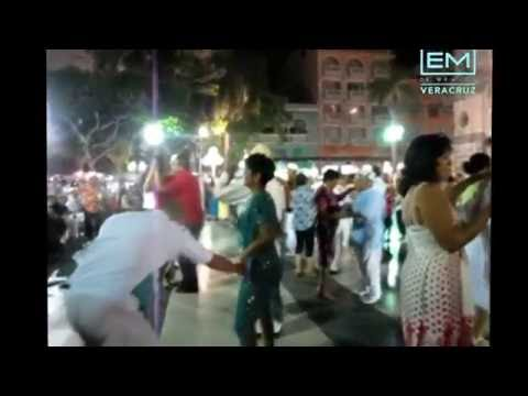 Noche de danzon en Veracruz