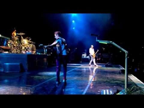 Muse - Supermassive Black Hole live @ Glastonbury 2010