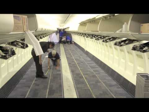 Time Lapse: Southwest Airlines Refurbishes Boeing 737-700 Interior in 1 Minute