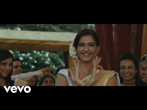 Gal Mitthi Mitthi Lyric - Aisha   Sonam Kapoor, Abhay Deol