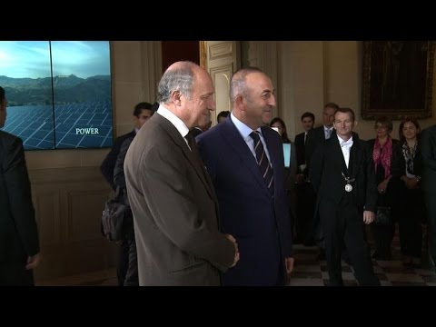 Rencontre entre Laurent Fabius et son homologue turc