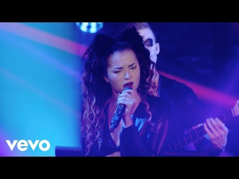 Ella Eyre - Comeback - #VevoHalloween